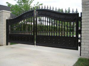 gate repair Bolton